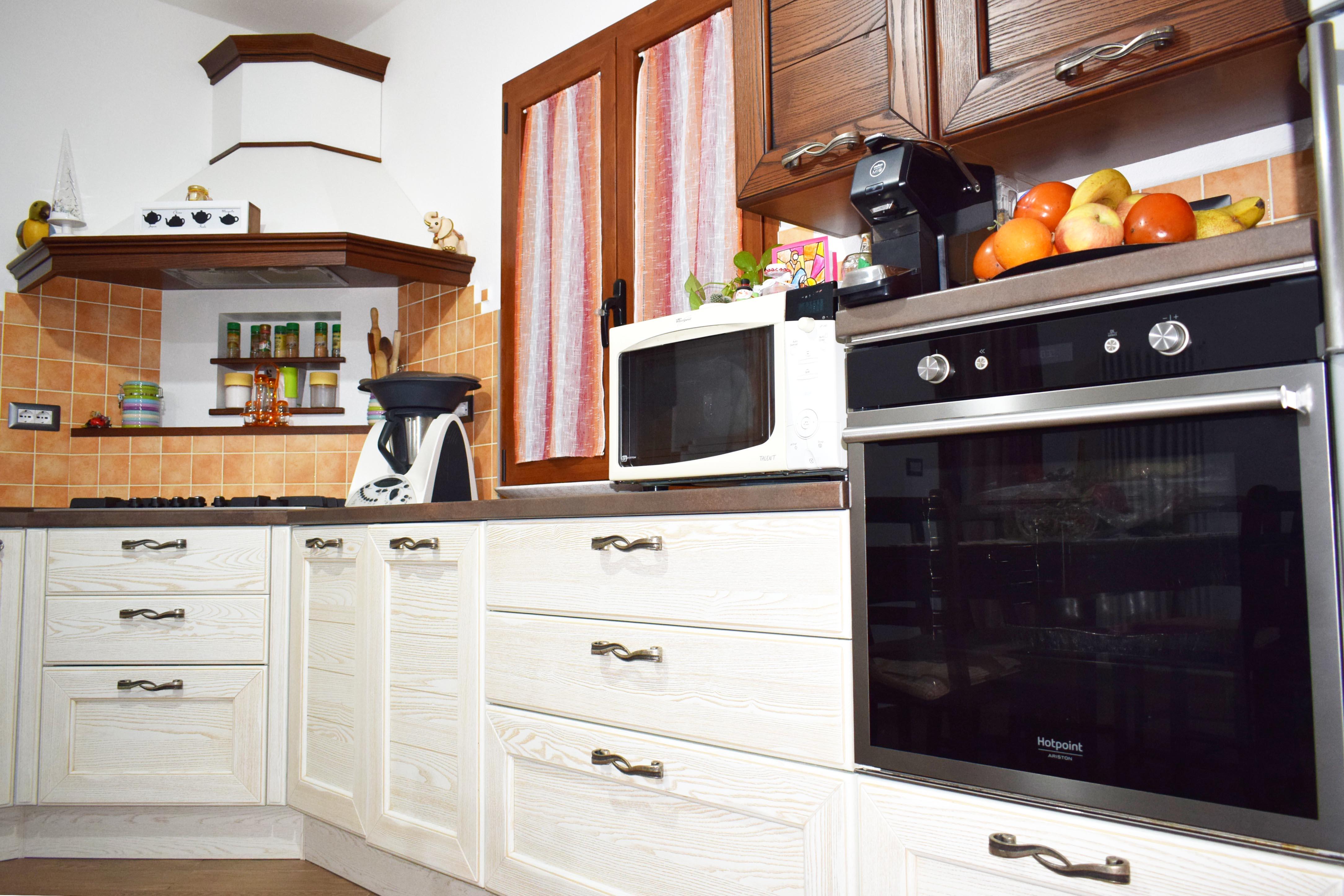 Claudia - LUBE : La cucina in chiave classica o contemporanea ...